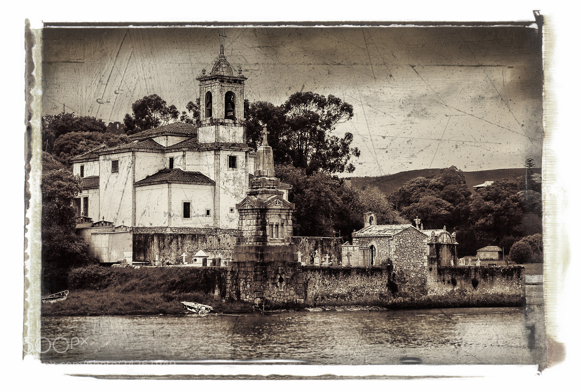 Photograph The old church and the sea by Paco López on 500px
