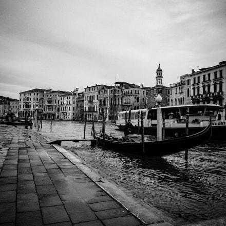 Venice In One Shot, Canon POWERSHOT SX520 HS
