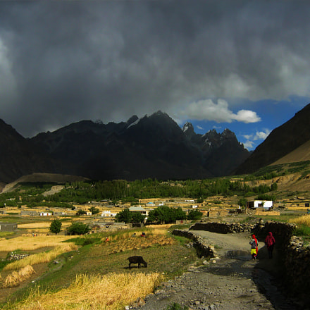 Black clouds over Shimshal, Canon POWERSHOT A800