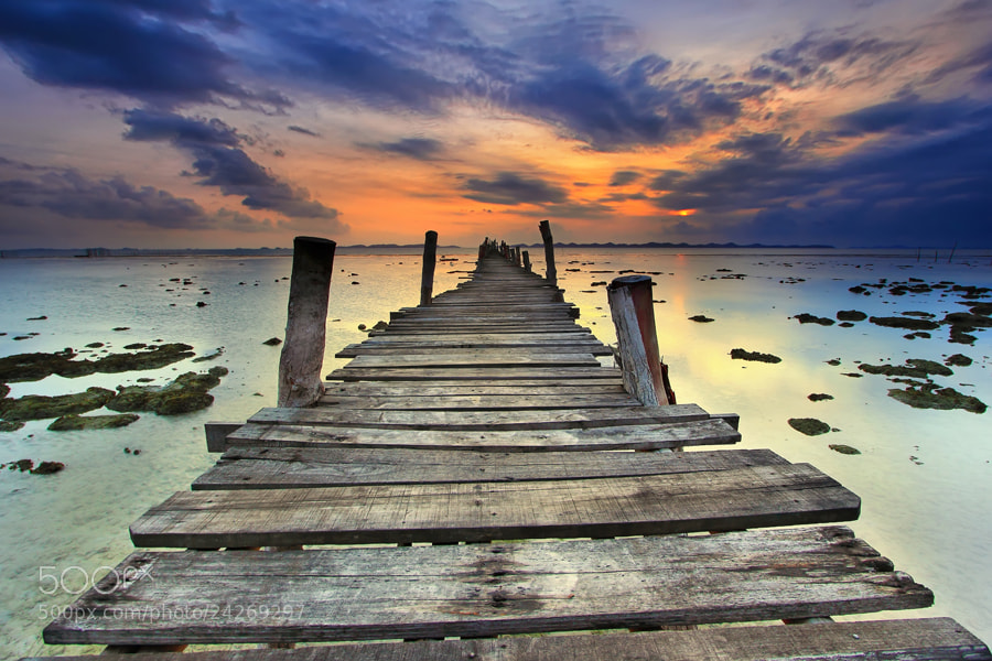Photograph Pelantar Tua by Danis Suma Wijaya on 500px