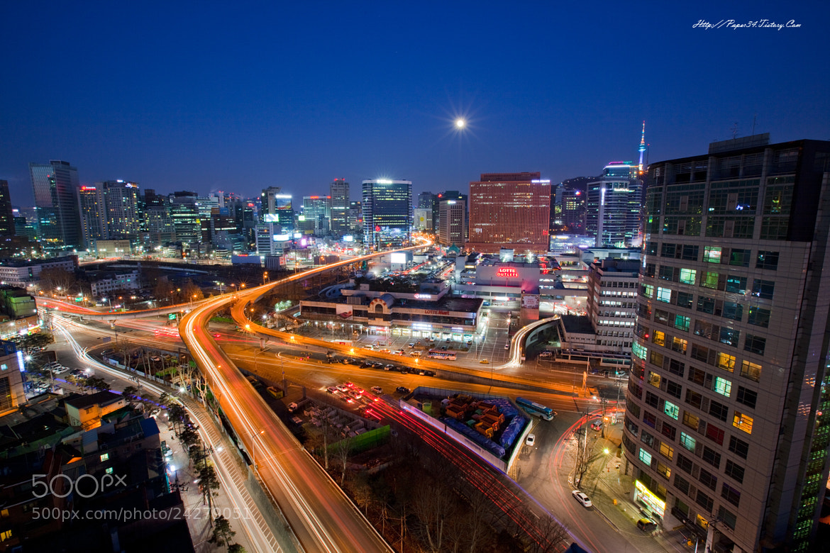 Photograph lighttrail of seoulstation by kim chaejin on 500px