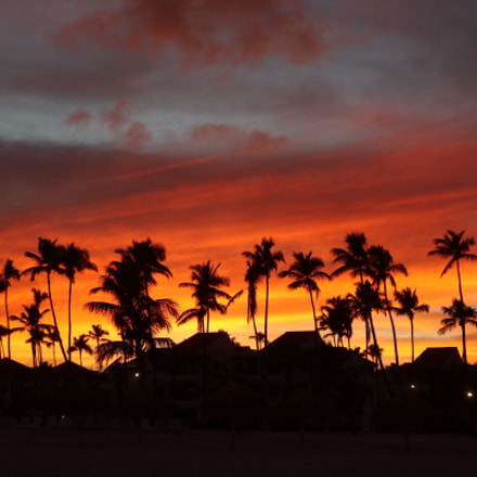 Dominican Republic- Bavaro. Sunrise., Canon EOS M100, Canon EF-M 15-45mm f/3.5-6.3 IS STM