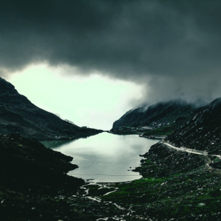Lake meets horizon, Sony DSC-W360