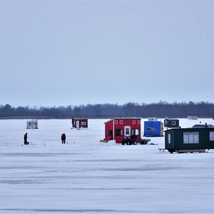 Ice fishing village, Nikon D750, AF Zoom-Nikkor 70-300mm f/4-5.6D ED