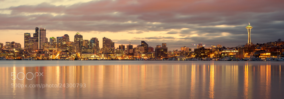 Photograph Seattle in the evening by  Catuncia on 500px