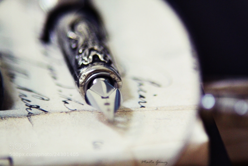 Photograph Magnifying glass by Marta Gámez Medina on 500px