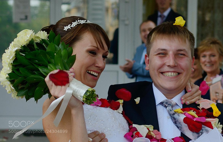 Photograph happy wedding by Nataly Logunova on 500px