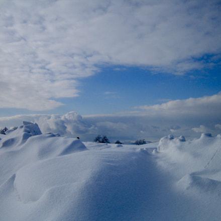 Snowy Rhoen Hills, Canon DIGITAL IXUS 40