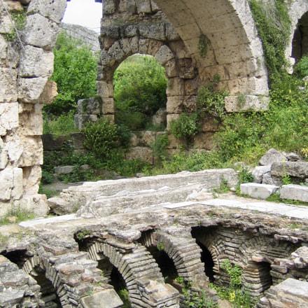 Perge Ruins - Roman, Canon DIGITAL IXUS 40