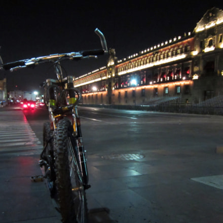 One night on bike, Canon POWERSHOT ELPH 300 HS