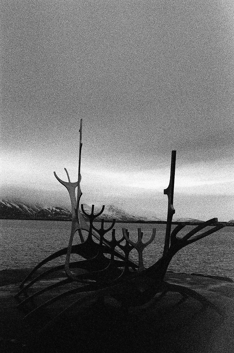 Photograph BW Sun Voyager by Donevan Dolby on 500px