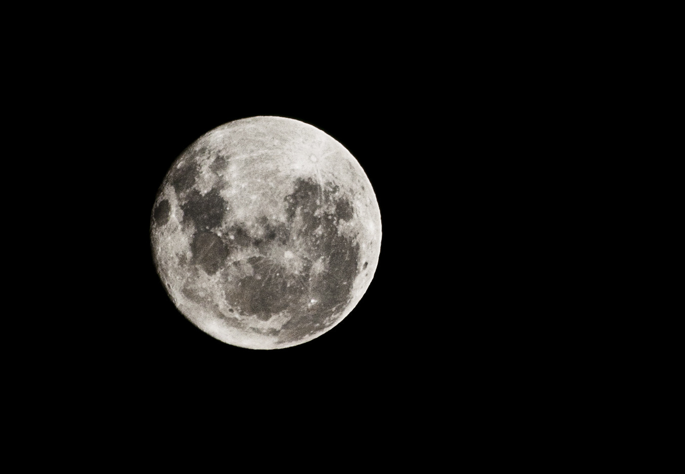 Photograph Fullmoon by Adolfo Shaw on 500px