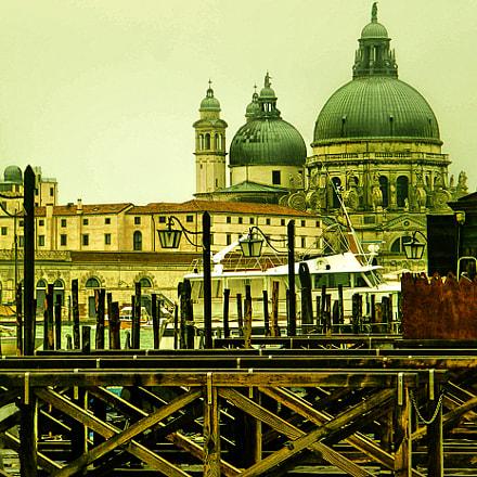 Venezia, Fujifilm FinePix S2000HD S2100HD