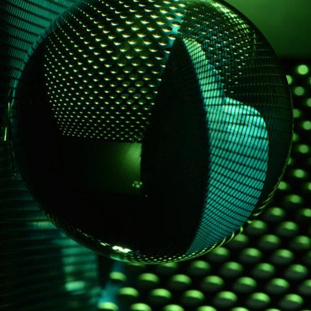 Green ball, Nikon D5200, AF-S VR Micro-Nikkor 105mm f/2.8G IF-ED