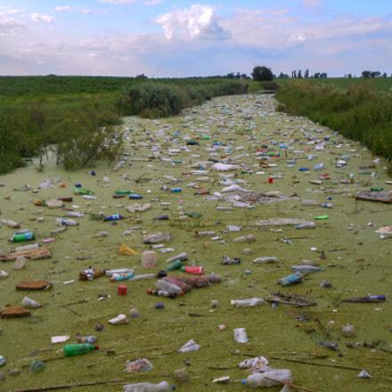 Terrible river, Nikon COOLPIX S3200