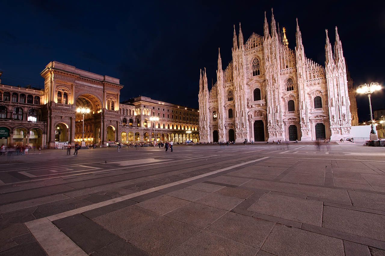 Photograph Piazza Duomo by Giuseppe Mosca on 500px