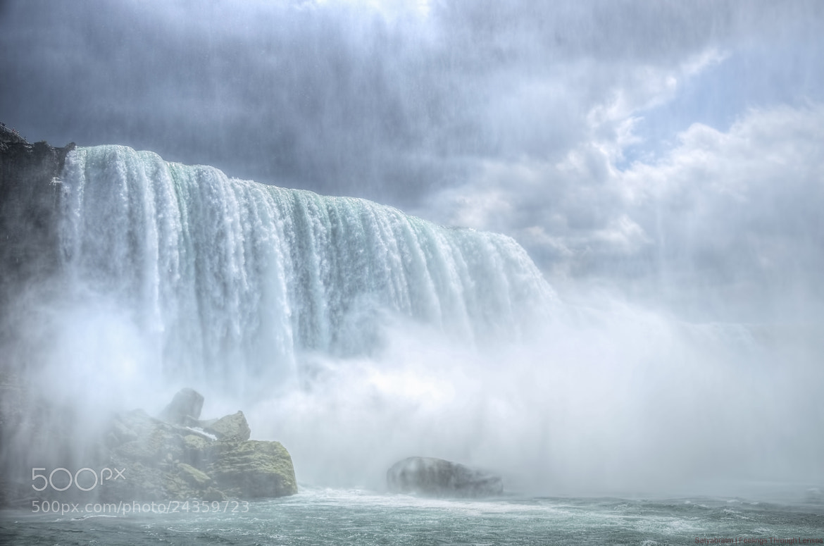 Photograph Horseshoe Falls, Niagara. by Satya M on 500px