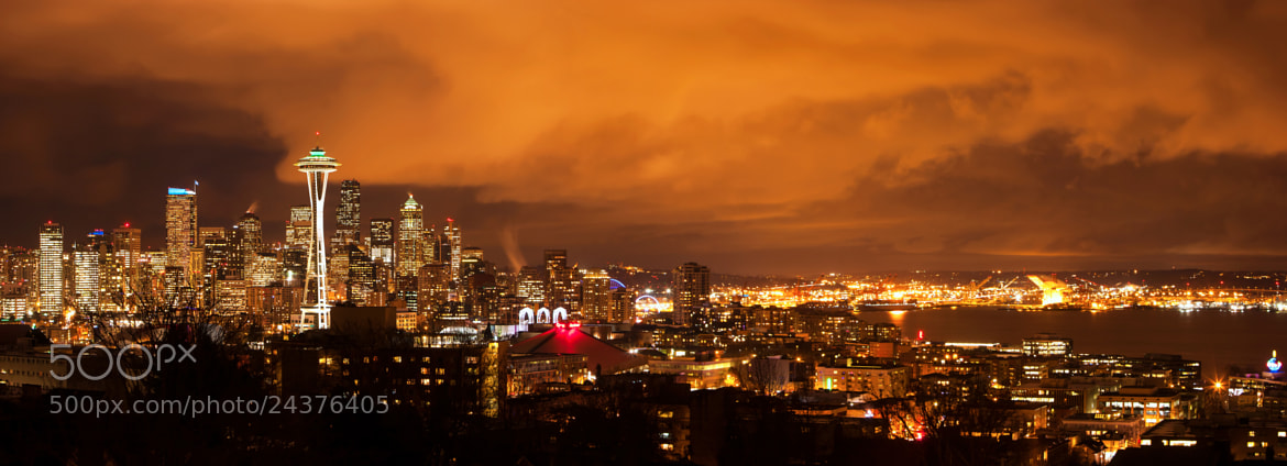 Photograph Seattle by night by  Catuncia on 500px