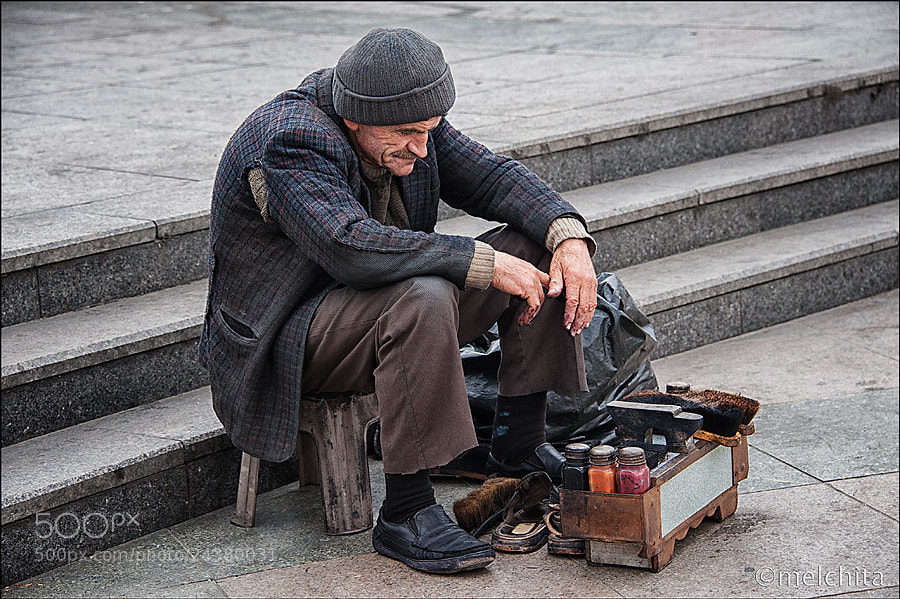 Photograph The shoeshine of Istambul by Conchita Meléndez on 500px