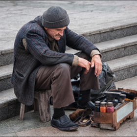The shoeshine of Istambul by Conchita Meléndez (melchita)) on 500px.com