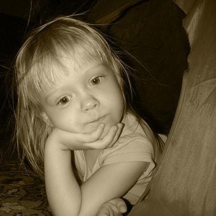 portrait of a girl, Sony DSC-V3