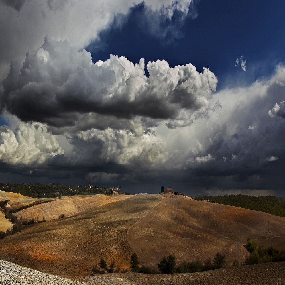 Photograph The atmosphere of an impetuous pleasant day in Tuscany .. by Edmondo Senatore on 500px