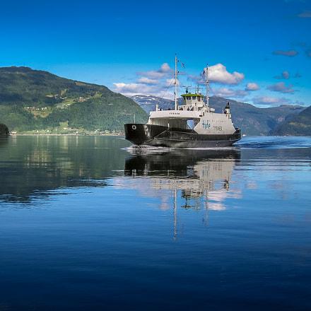 boat trip, Canon POWERSHOT S70