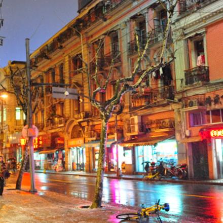 Nanjing road, Nikon D90, AF-S Nikkor 24mm f/1.8G ED