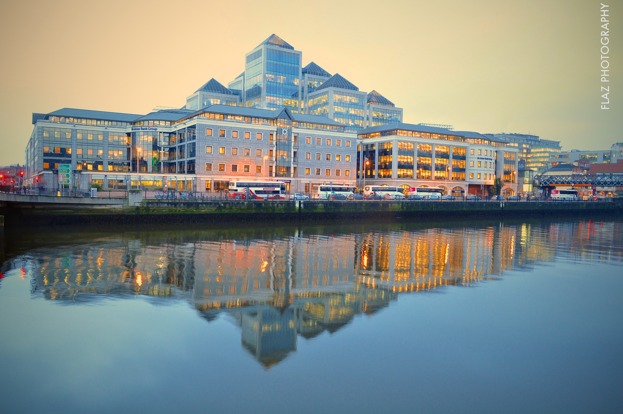 Photograph Ulster Bank Centre DUBLIN. by Florencia  on 500px