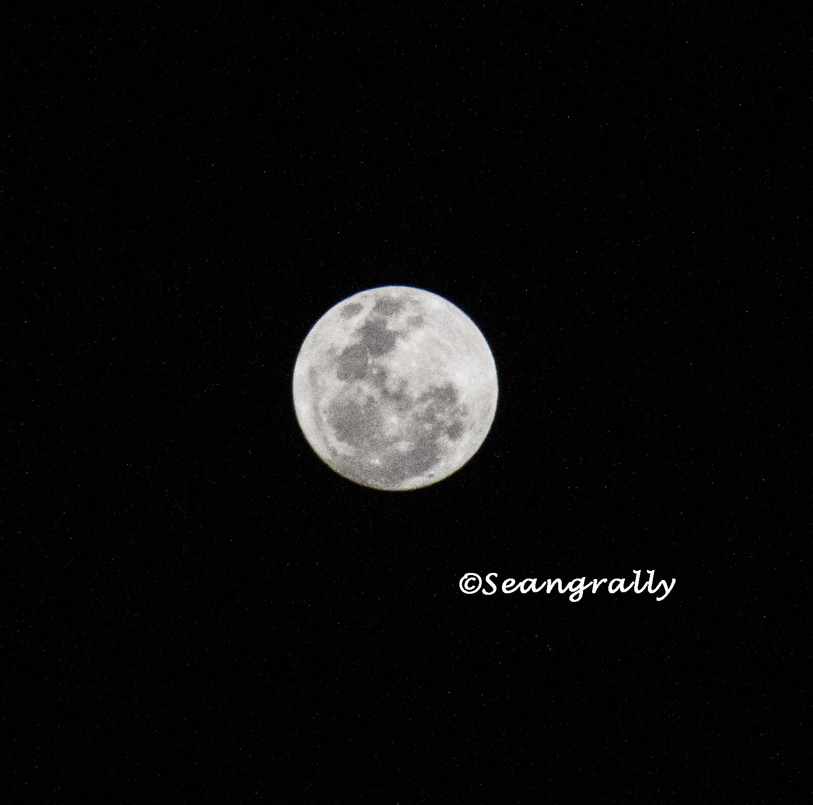 Photograph Full moon 26.01.13  by RaLy Seang on 500px