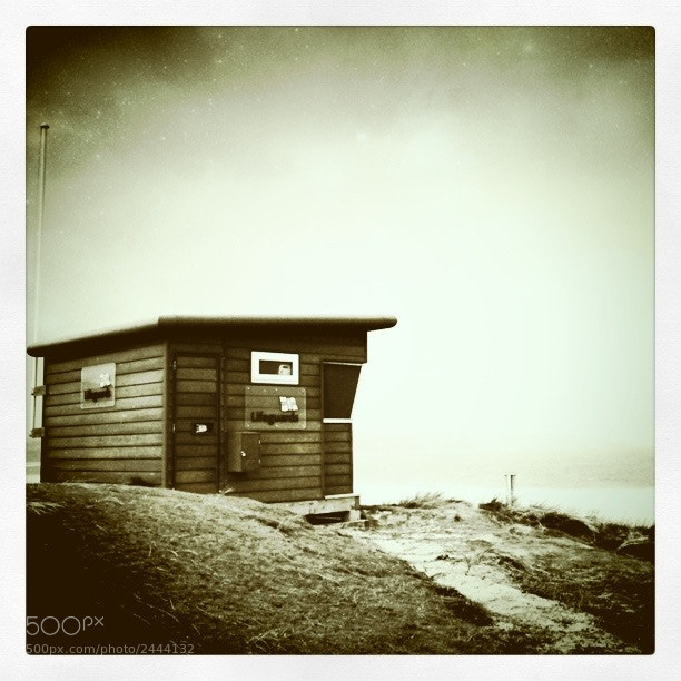 Photograph Lifeguard hut at Gwithian by Tom Brossard on 500px