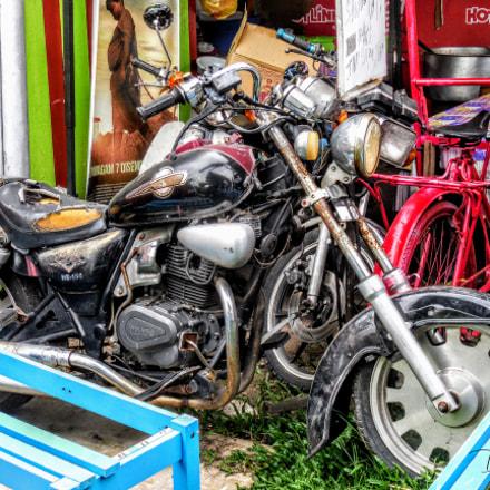 #OldButInterestingMotorbike.Melaka, Nikon COOLPIX S6800