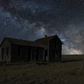 Milky Way & Decay 3 by Aaron J. Groen (AaronGroen)) on 500px.com