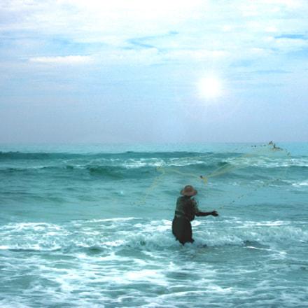 Seashore fisherman, Canon POWERSHOT S30