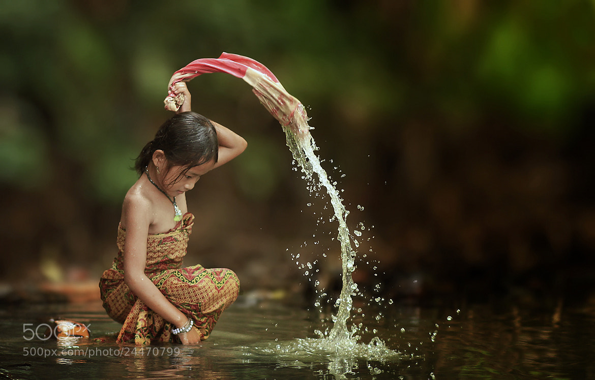 Photograph Washing by Herman Damar on 500px