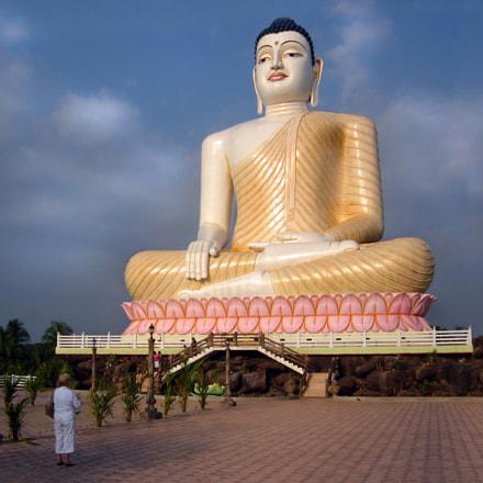 Sri Lanka Buddha, Sony DSC-S90