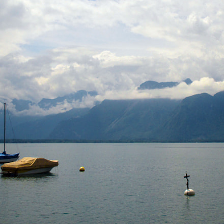 Lac Leman from Montreux, Canon IXUS 140