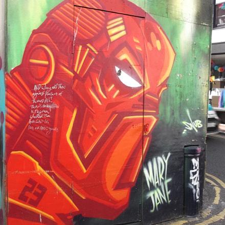 Red Robot Graffiti Trafalgar, Fujifilm FinePix JV250