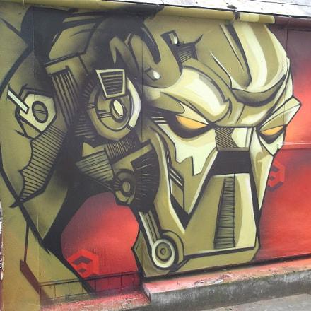 Golden Robot Graffiti Trafalgar, Fujifilm FinePix JV250