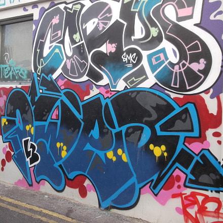Corps Owed Graffiti Trafalgar, Fujifilm FinePix JV250
