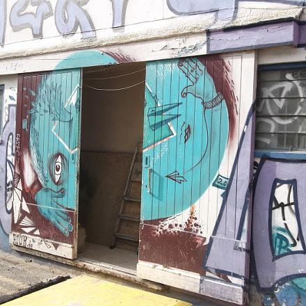 Blue Head Split Graffiti, Fujifilm FinePix JV250