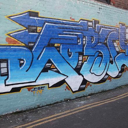 Blue Arrows Grafftiti Trafalgar, Fujifilm FinePix JV250