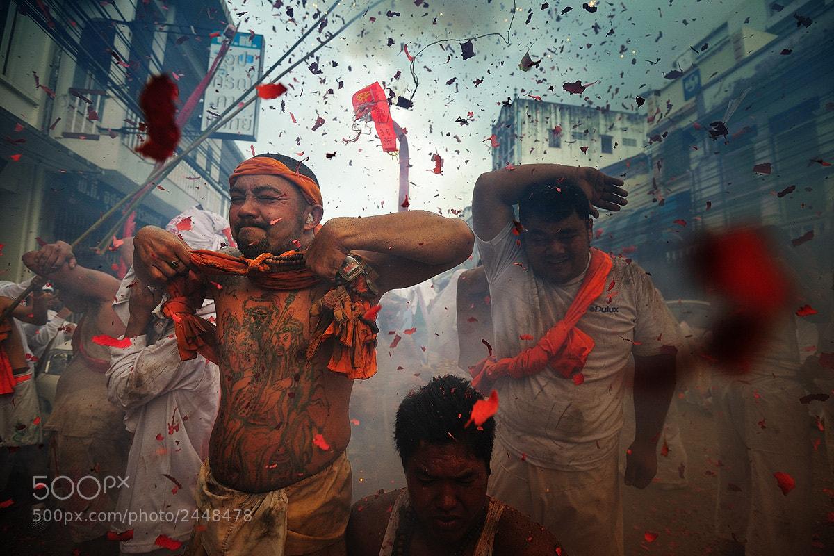 Photograph Bang Bang by Peerakit Jirachetthakun 5392 on 500px