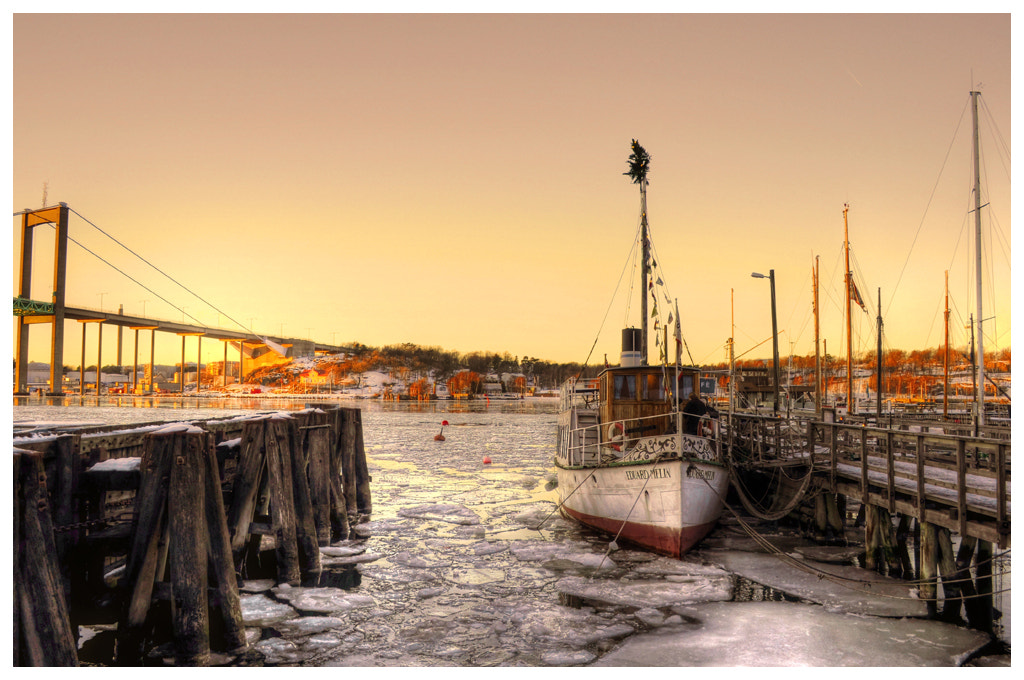 Photograph Cafe boat... by Almqvist Photo on 500px