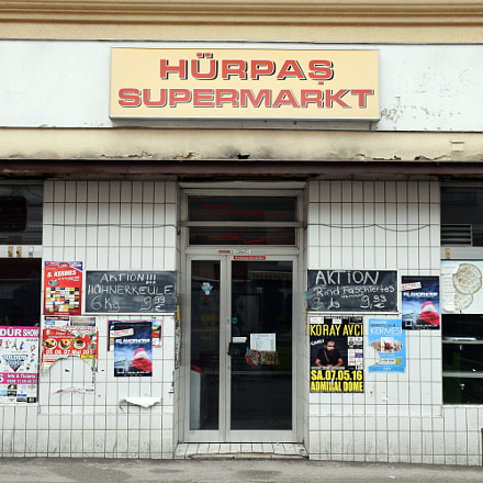 Hürpas Supermarkt in Vienna