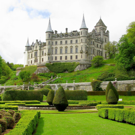 Dunrobin Castle in Scotland, Canon POWERSHOT SX110 IS