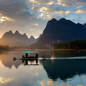 Morning light on Li river by Kenny Muir (Kenny_Muir)) on 500px.com