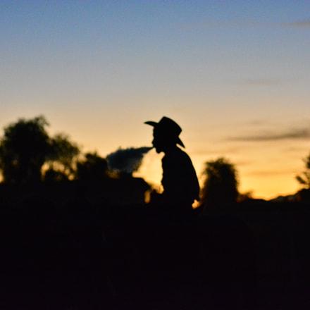 vapes and the Arizona, Nikon D5200, AF Zoom-Nikkor 70-300mm f/4-5.6D ED