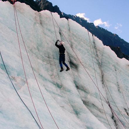Ice climb!, Fujifilm FinePix S20Pro