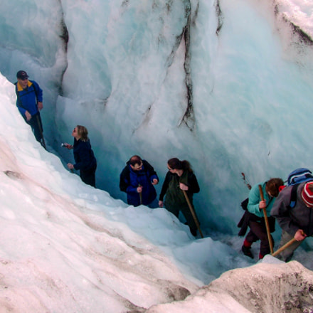Exiting the crevasse, Fujifilm FinePix S20Pro